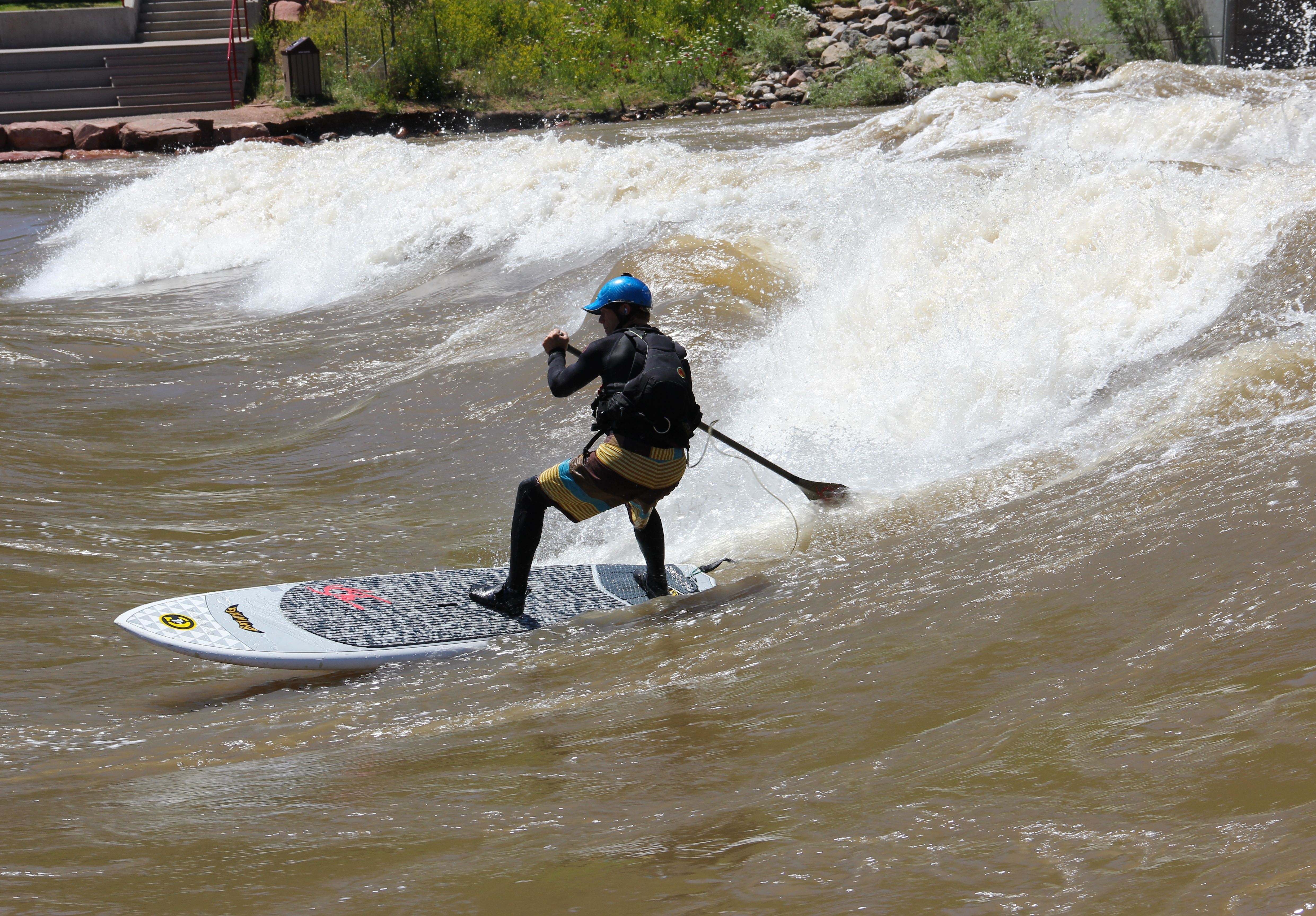 Droping in at the Whitewater Park