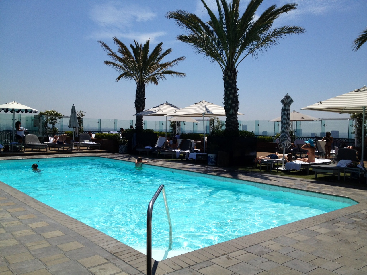 The london west hollywood hotel for Pool london