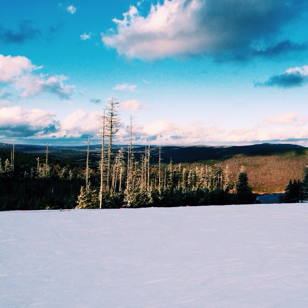 Travel to Snowshoe Mountain