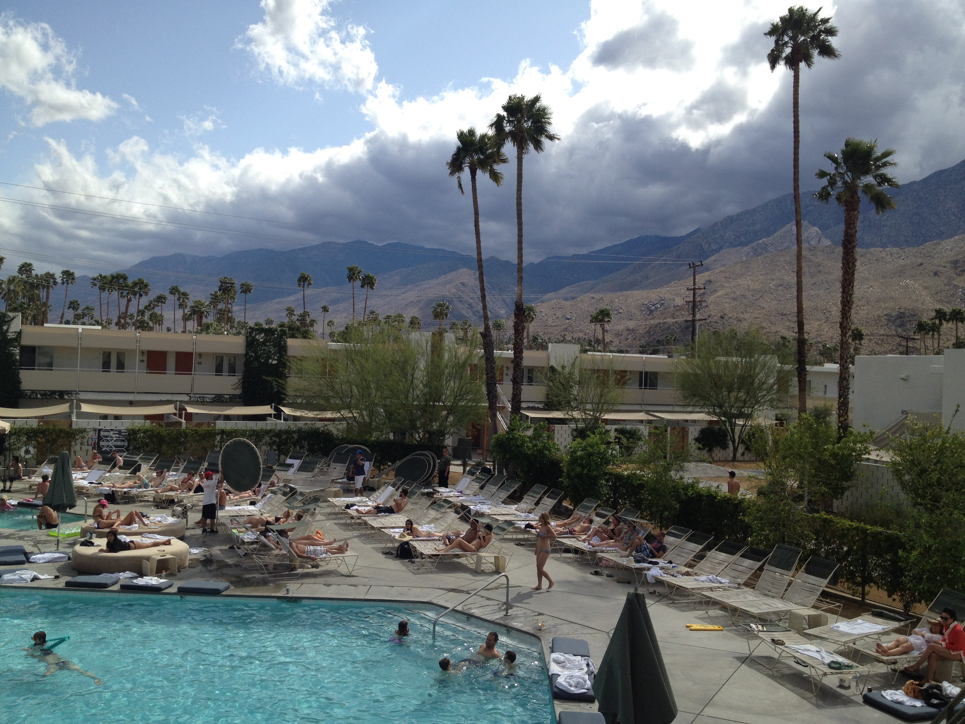 Don't Panic : LA to Palm Springs