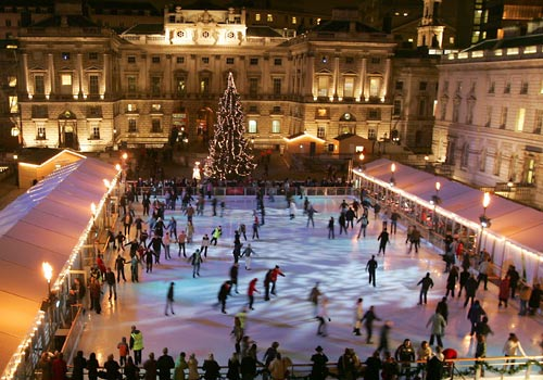 Christmas Ice Skating London.The Perfect Love Actually Christmas In London Vagabond3